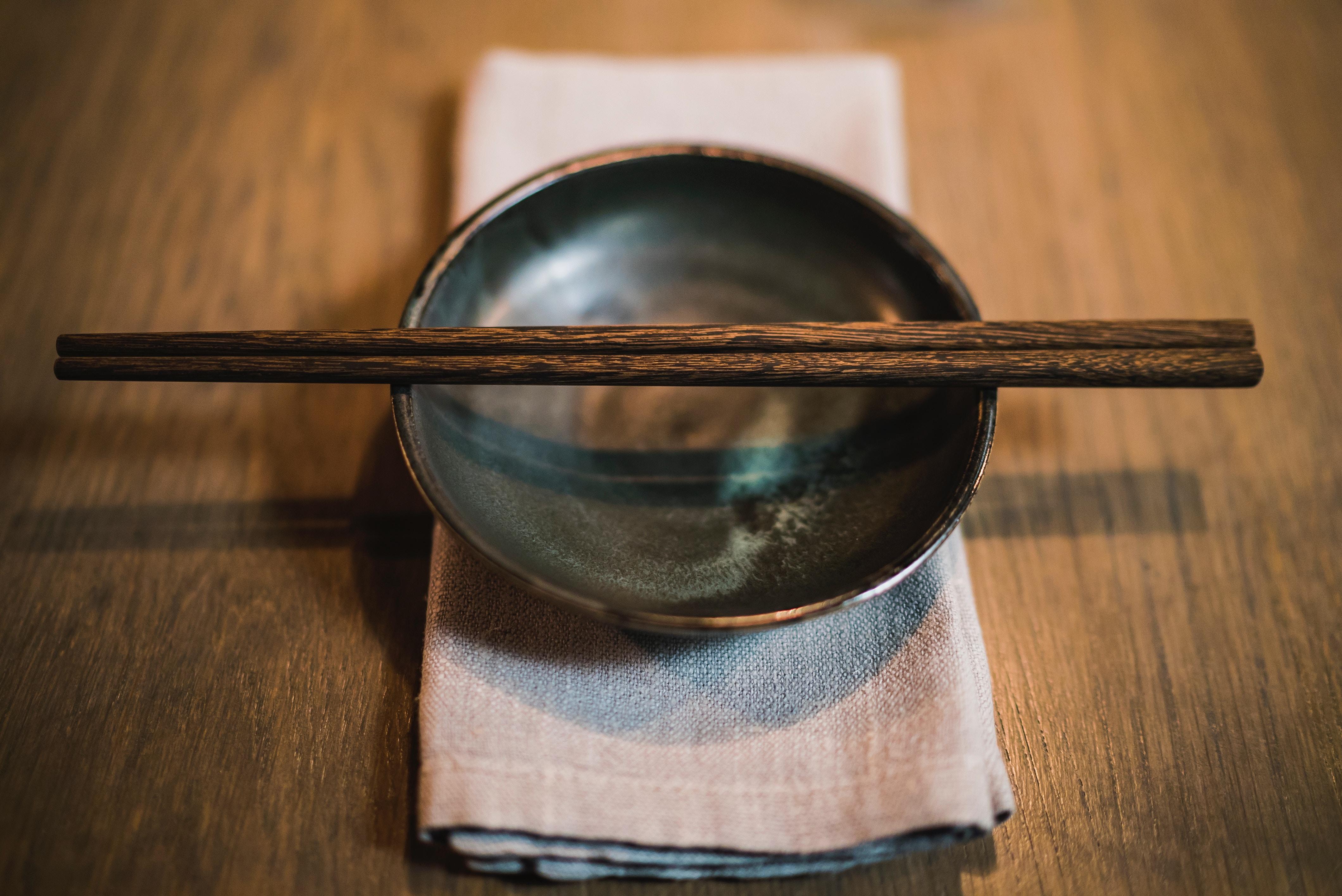 Chopsticks o palillos japoneses. Tradition