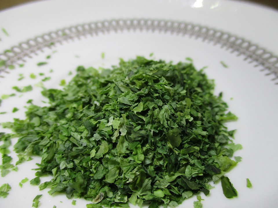 Alga Nori. Ingrediente para furikake, popular condimento japonés