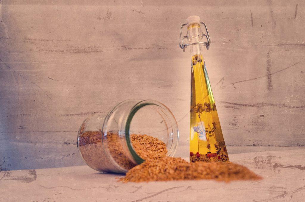 Aceite de sésamo, muy usado en la cocina japonesa