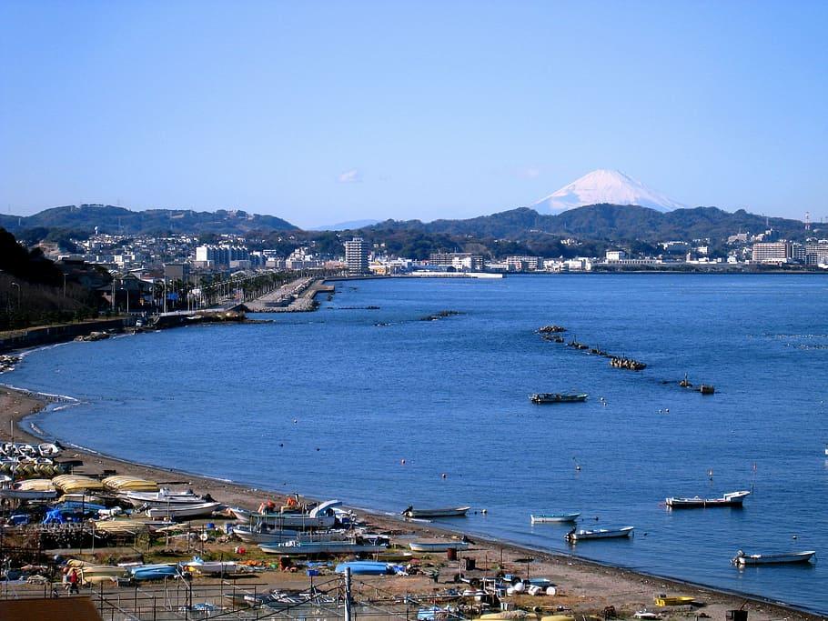 Barcos de pesca japoneses.